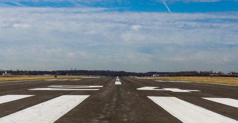 Northeast Philadelphia Airport runway