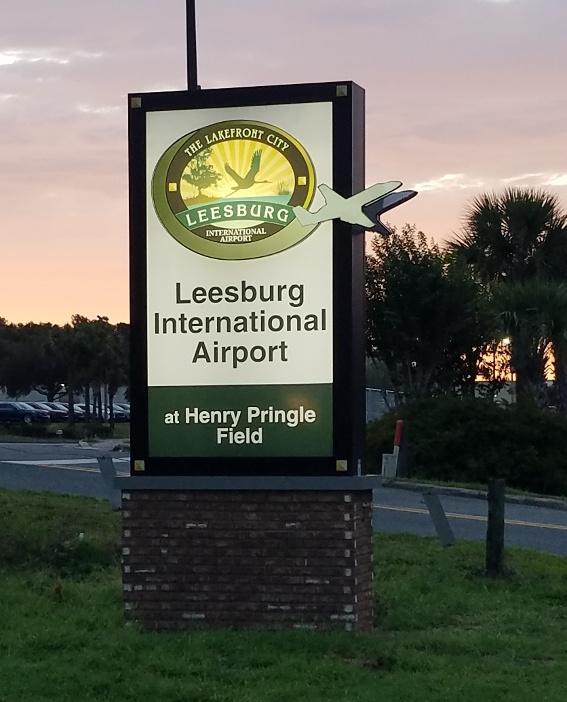 Leesburg International Airport sign